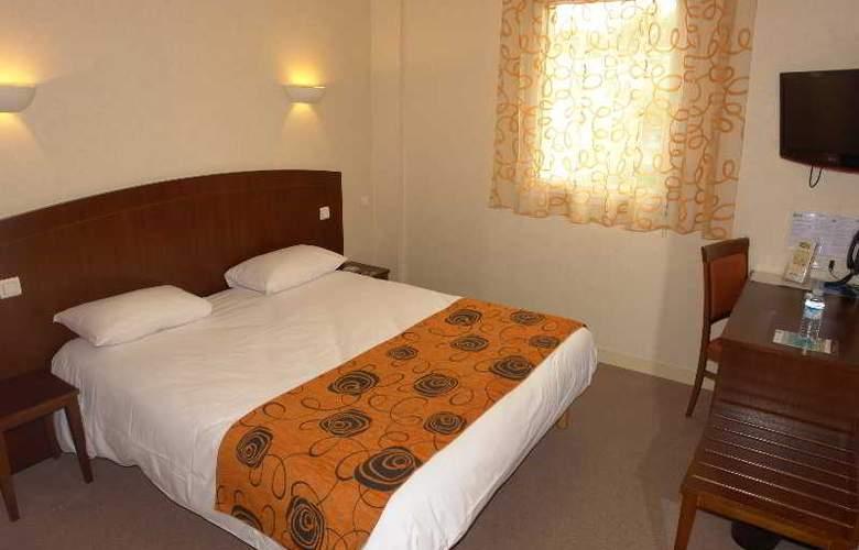 Brit Hotel Restaurant Le Cottage - Hotel - 1