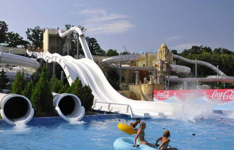 Holiday Park - Pool - 6
