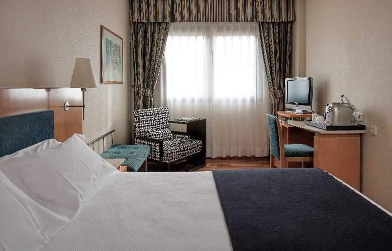 NH Ciudad de Valladolid - Room - 6
