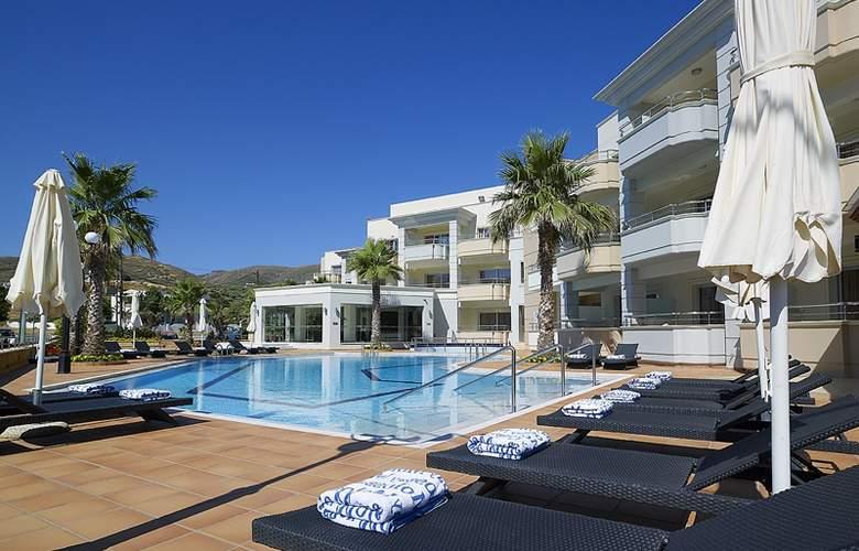 Molos Bay - Hotel - 0