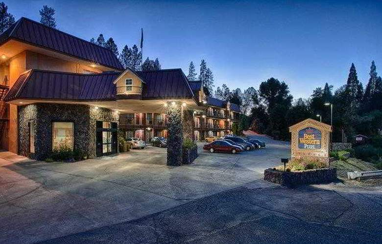 Best Western Plus Yosemite Way Station - Hotel - 6