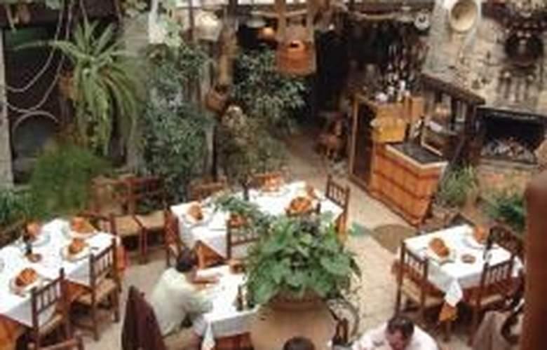 La Posada de Ubeda - Hotel - 0