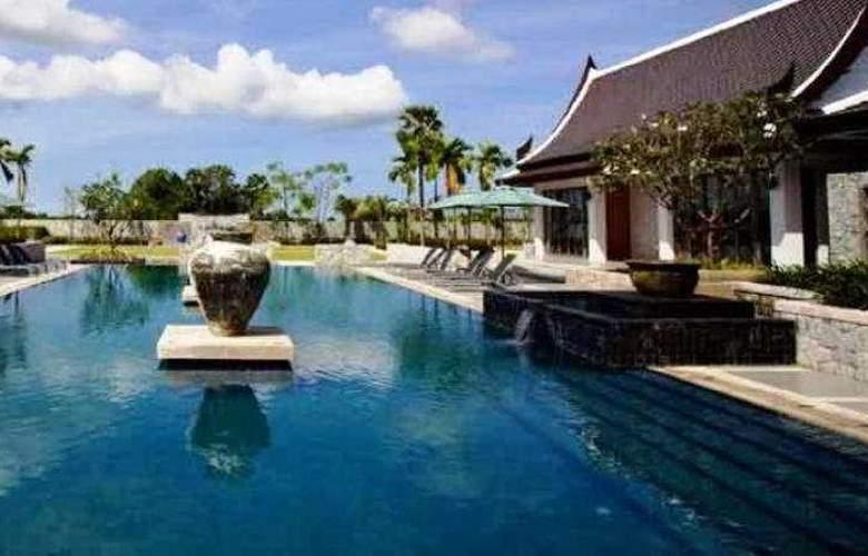 Manathai Villas Grace Pattaya - Pool - 10