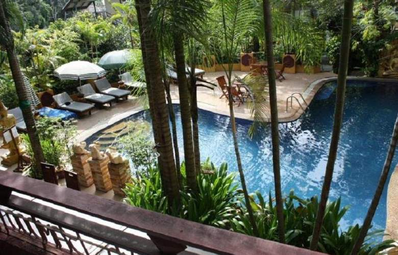 Club Bamboo Boutique Resort & Spa - Pool - 9