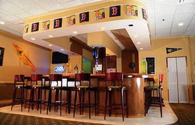 Sheraton Portsmouth Harborside - Bar - 5