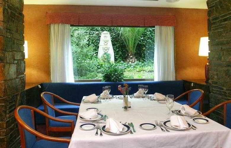 Gran Hotel Lugo - Restaurant - 4