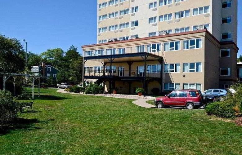 Best Western Chocolate Lake Hotel - Hotel - 9