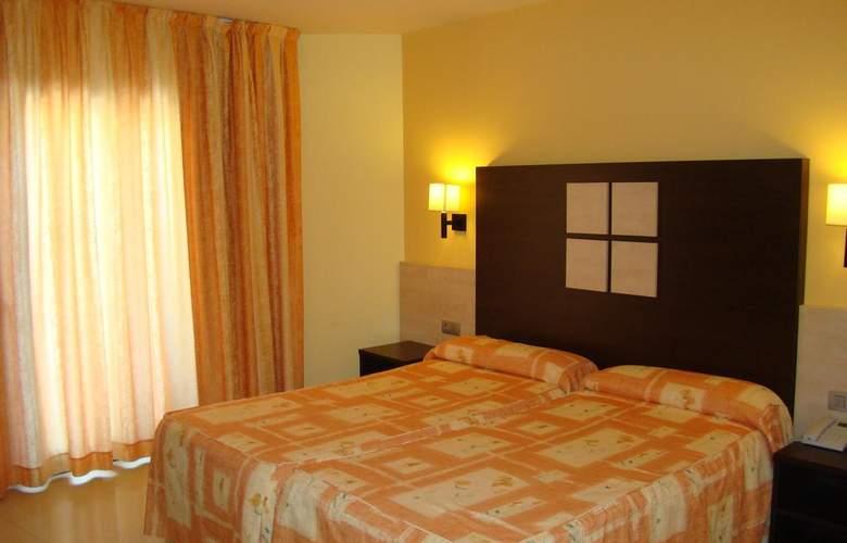 Ciutadella - Room - 2