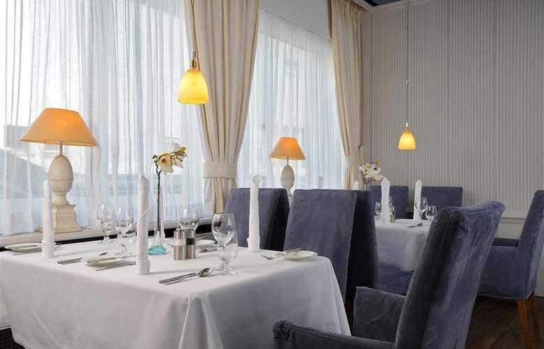 Best Western Premier Parkhotel Kronsberg - Restaurant - 49