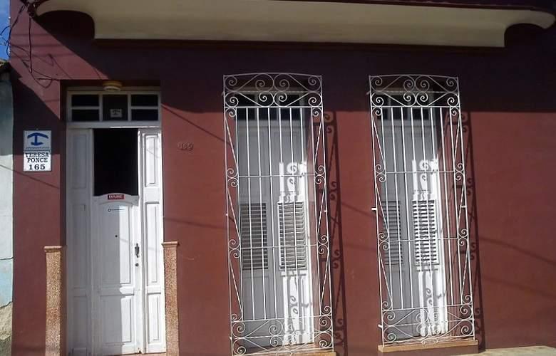 Hostal La Cucaña - Hotel - 0