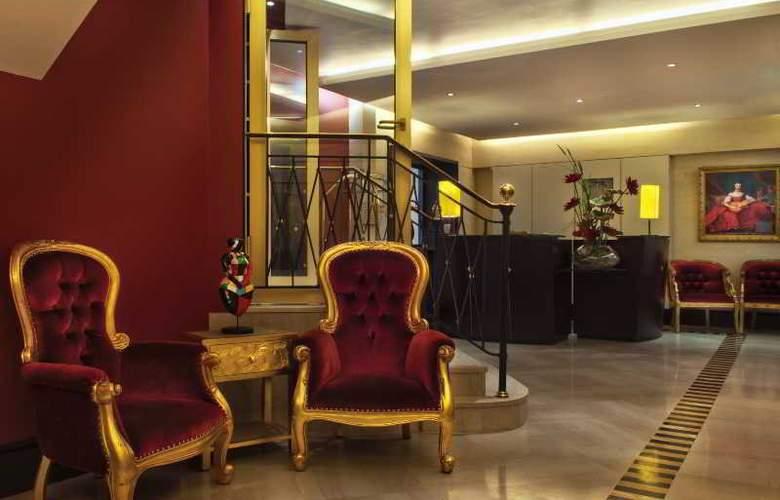 Waldorf Trocadero - Hotel - 8
