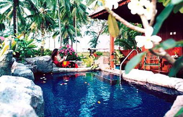 Eastern Pavilion Boutique Resort and Spa, Kuantan - Pool - 6