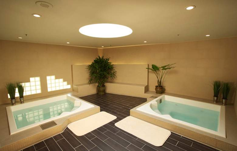 Miyako Hotel Los Angeles - Services - 2