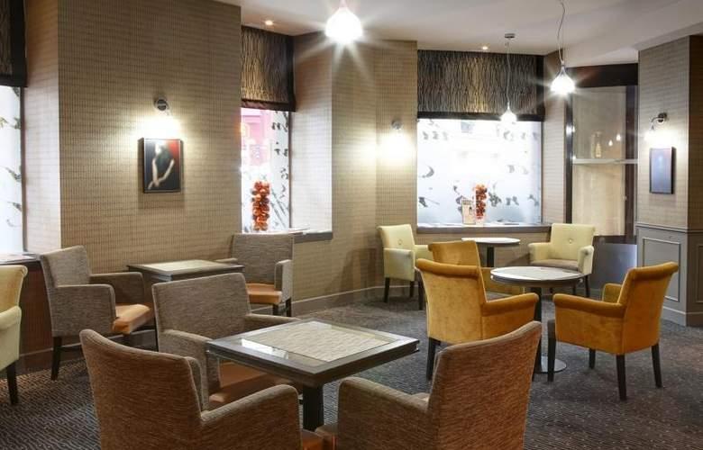 Best Western Hôtel Littéraire Premier Le Swann - Bar - 126