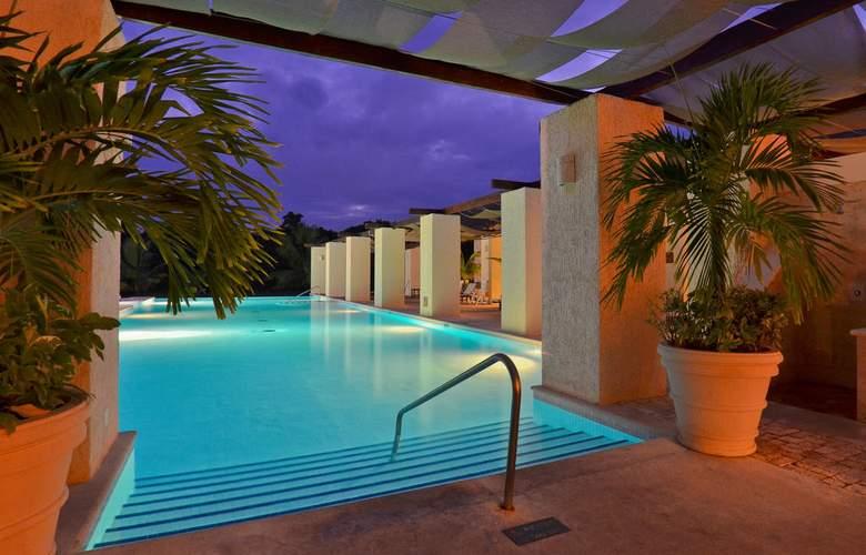 Grand Palladium Kantenah Resort & Spa - Pool - 8