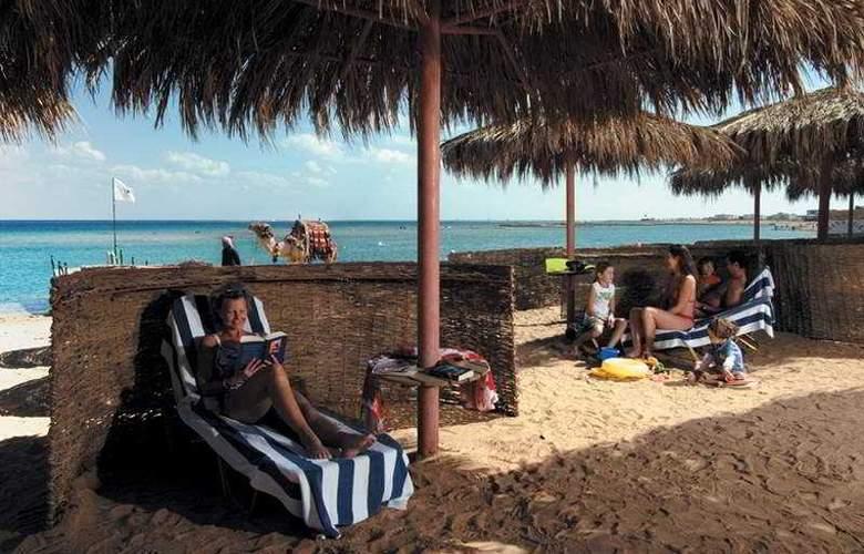 Jaz Makadina - Beach - 7