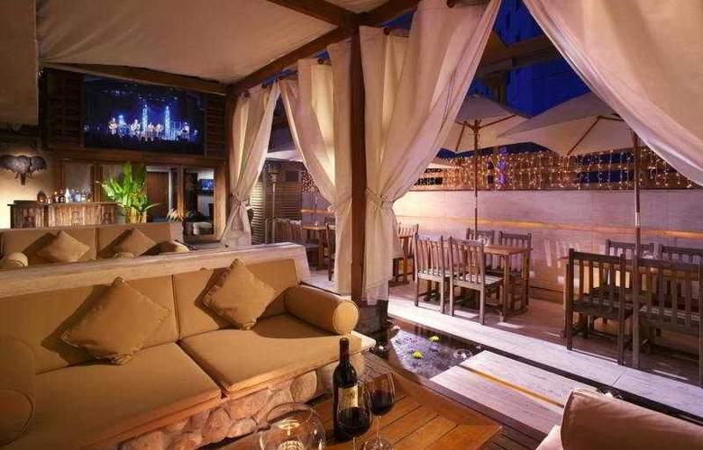 Nathan Hotel - Bar - 8