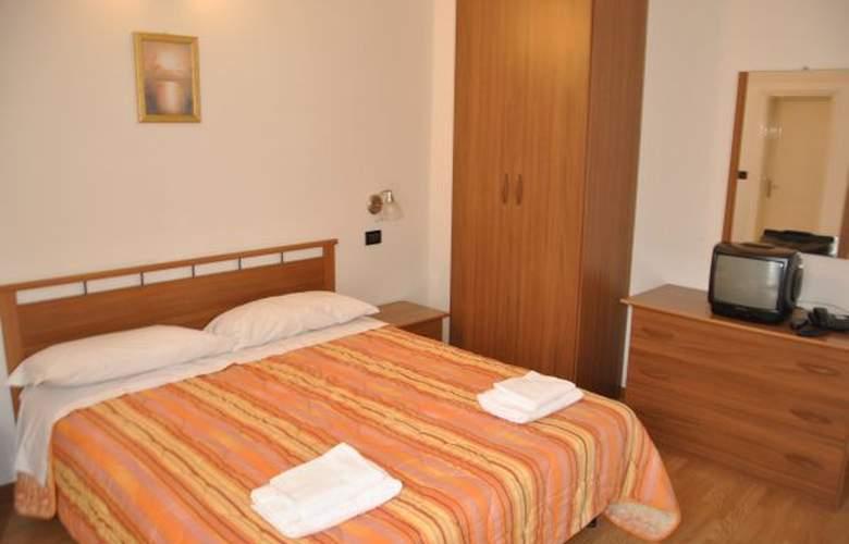 Villa Elisa - Hotel - 3