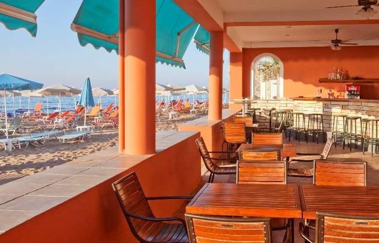 Dedalos Beach Hotel - Restaurant - 12