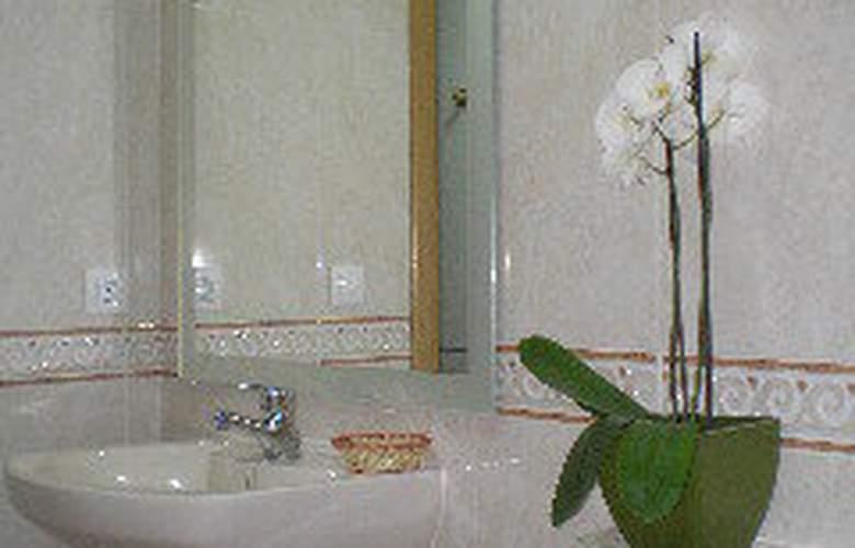 Apartamentos Aragon - Room - 3