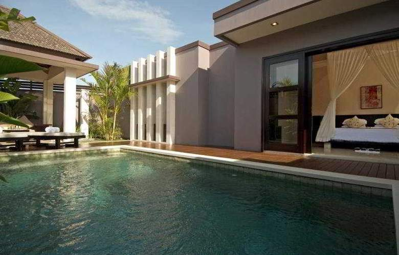 Aria Luxury Villa and Spa - Pool - 5