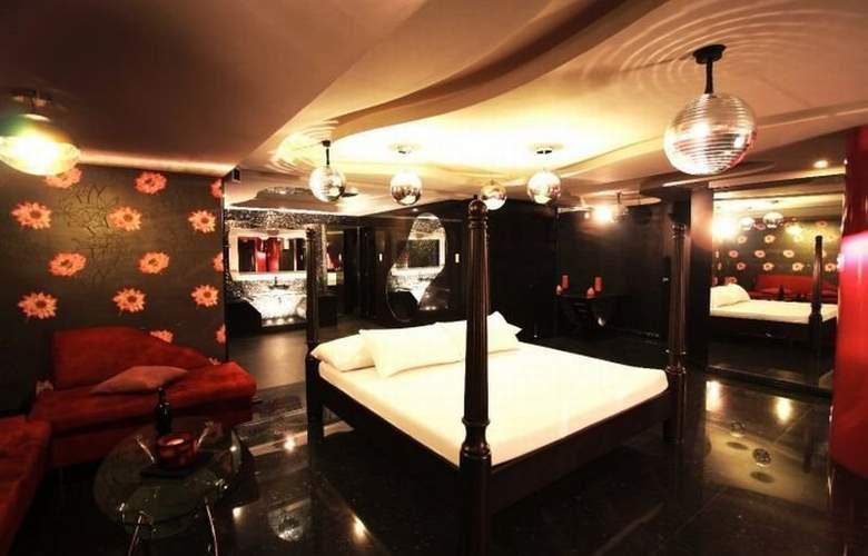 Victoria Court Cuneta - Hotel - 4