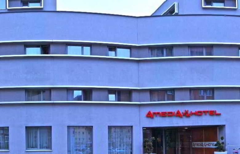 Best Western Plus Amedia Art Salzburg - Hotel - 10