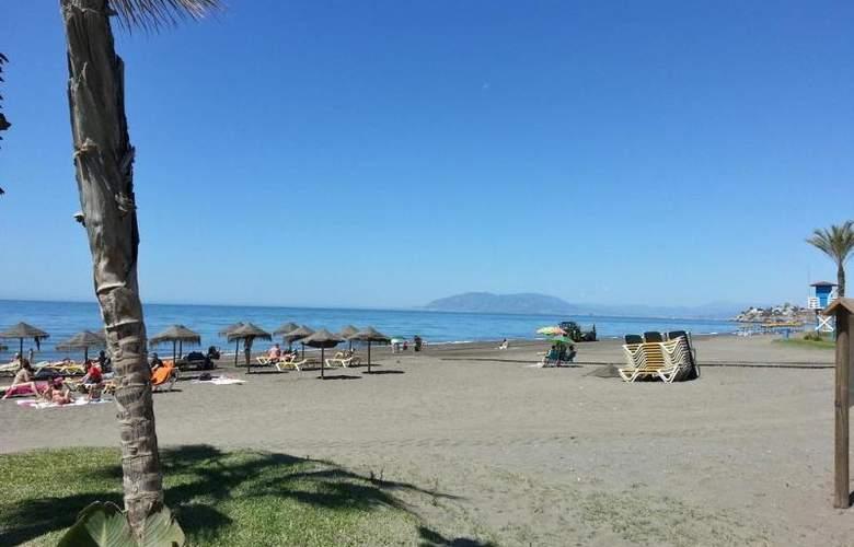 Elimar - Beach - 4