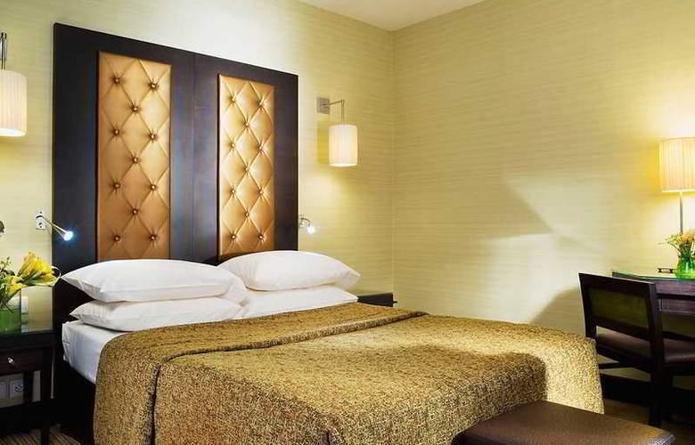 Elysees Bassano Hotel - Room - 2