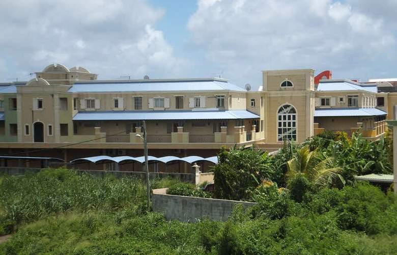 Villa Narmada - Hotel - 8