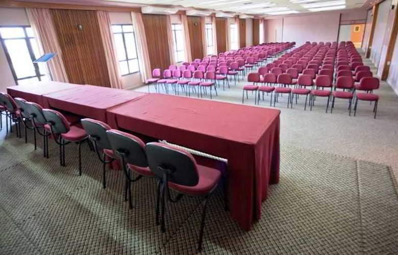 Praiatur - Conference - 4