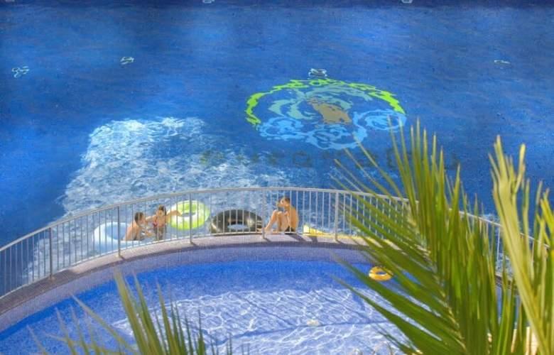 Eurosalou - Pool - 16