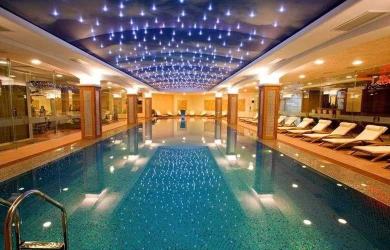 Hotel Berlin Park Vitosha - Pool - 6