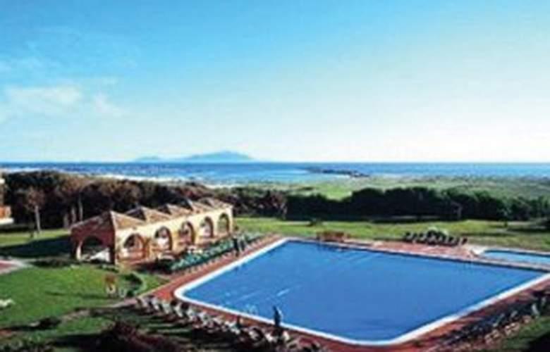 Holiday Inn Resort Naples Castel Volturno - Pool - 5