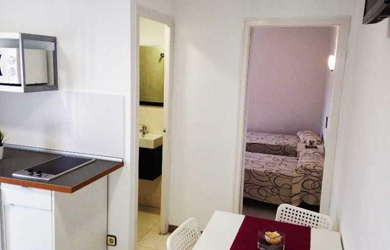 Apartaments AR Bellavista - Room - 9