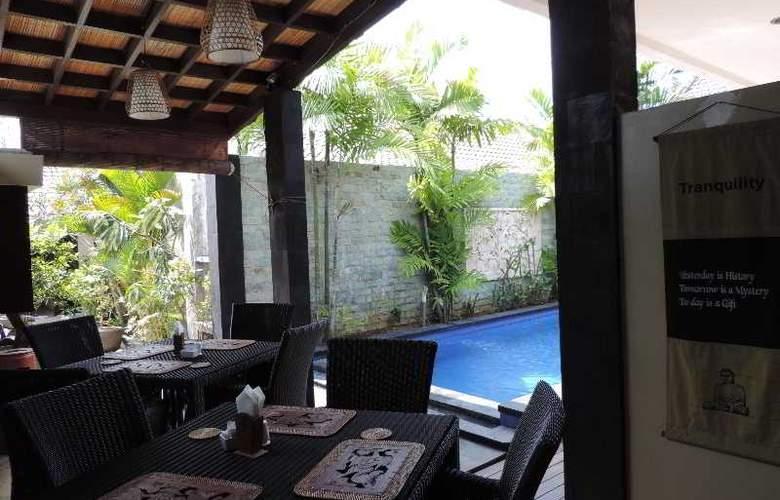 Legian Guest House - Restaurant - 21