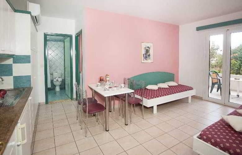Theoni Apartments - Room - 12