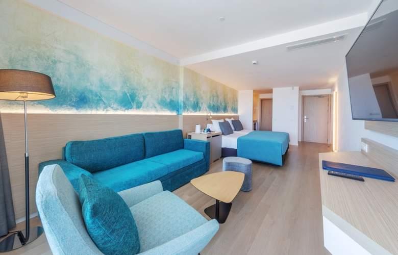 Fontanellas Playa - Room - 16