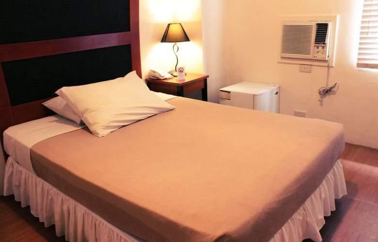Creekside Amorsolo Hotel - Hotel - 0