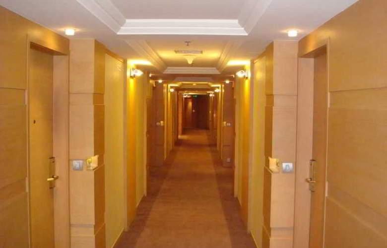 Penta - Hotel - 0