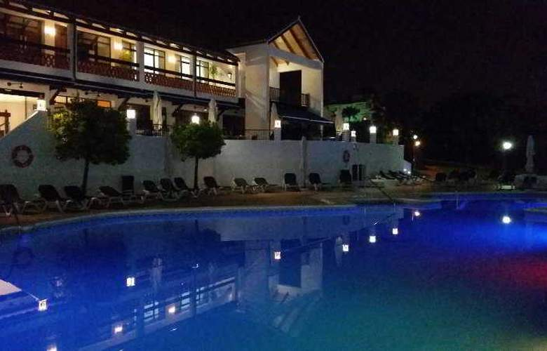 OH Diana Park - Pool - 14