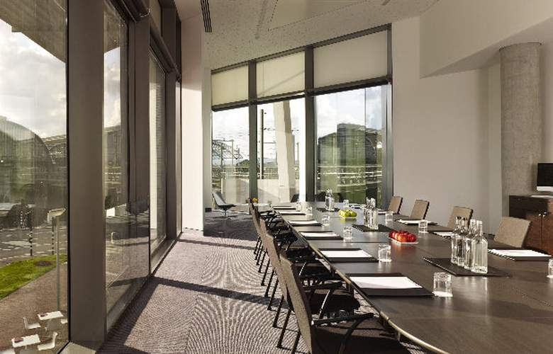 DoubleTree by Hilton Amsterdam Centraal Station - Conference - 28