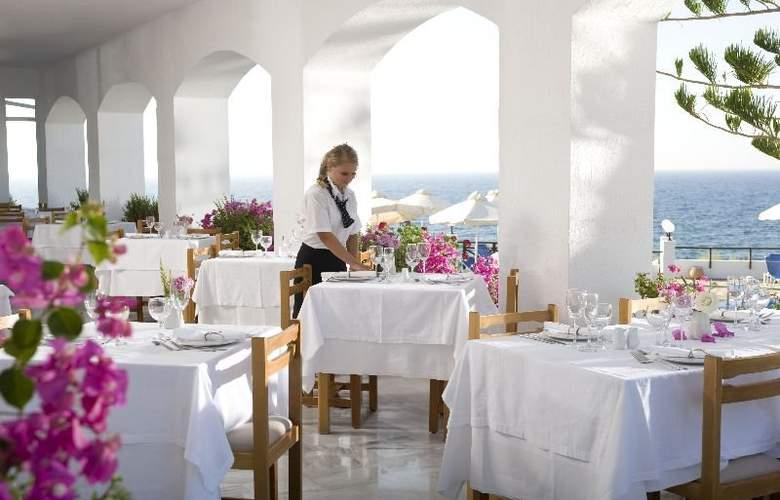 Maritimo Beach Hotel - Restaurant - 7
