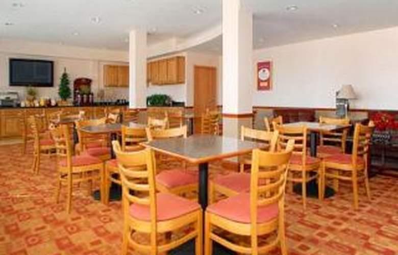 Comfort Suites Near Raymond James Stadium - General - 3
