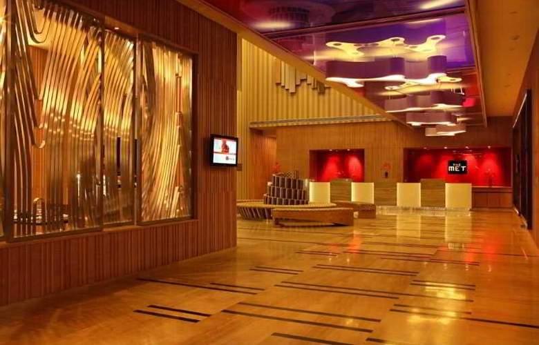 The Metropolitan Hotel & Spa - General - 3