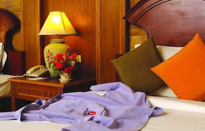 Lanta Casuarina Beach Resort - Room - 6