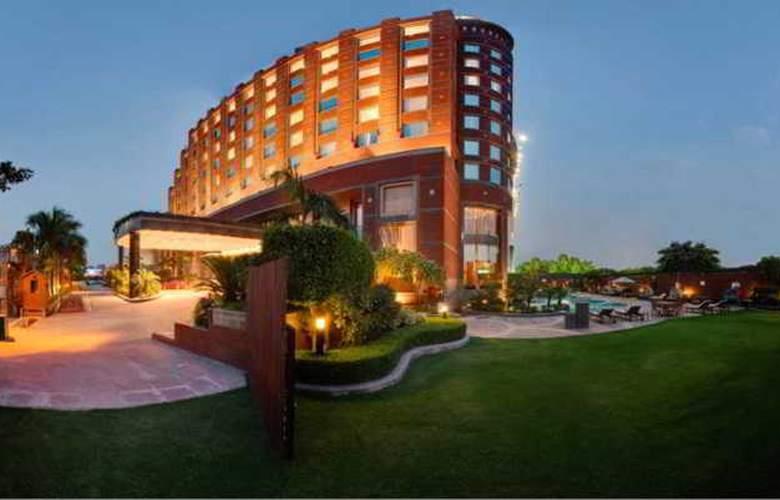Radisson MBD Noida - Hotel - 1
