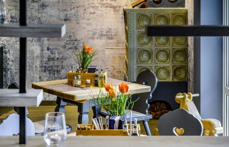 ibis Styles Hotel Regensburg - Bar - 13