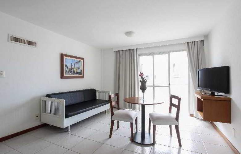 Bristol Castelmar - Room - 8