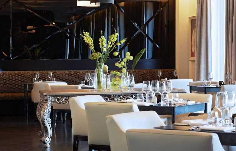 Queen Victoria Hotel - Restaurant - 8